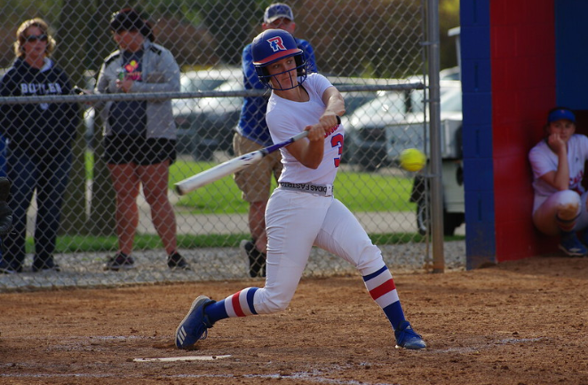 Senior+Amanda+Prather+is+up+to+bat+in+Roncalli%27s+home+game+against+Whiteland.+Prather+had+helped+in+the+varsity+win+by+contributing+2+hits+and+RBIs.