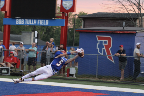 LEAPING LOCKARD: Kyle Lockard has a diving touchdown catch against Southport. Lockard had a total of 8 catches for 85 receiving yards to help the Royals beat Southport 55-7. Lockard had 4 catches for 78 yards against Franklin Central in week two, resulting in a 34-13 win.